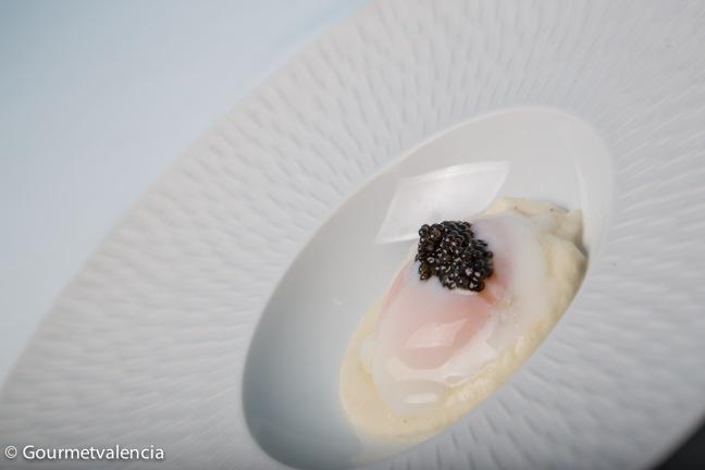 Huevo y caviar de Kaymus