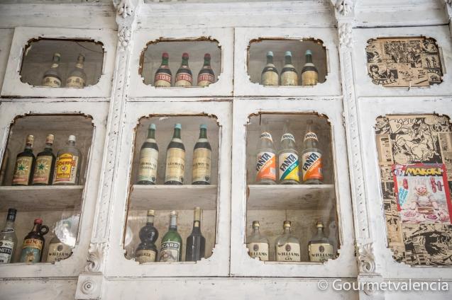 La Peseta. Botellas