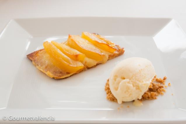 Tarta de manzana con helado de vainilla de Askua