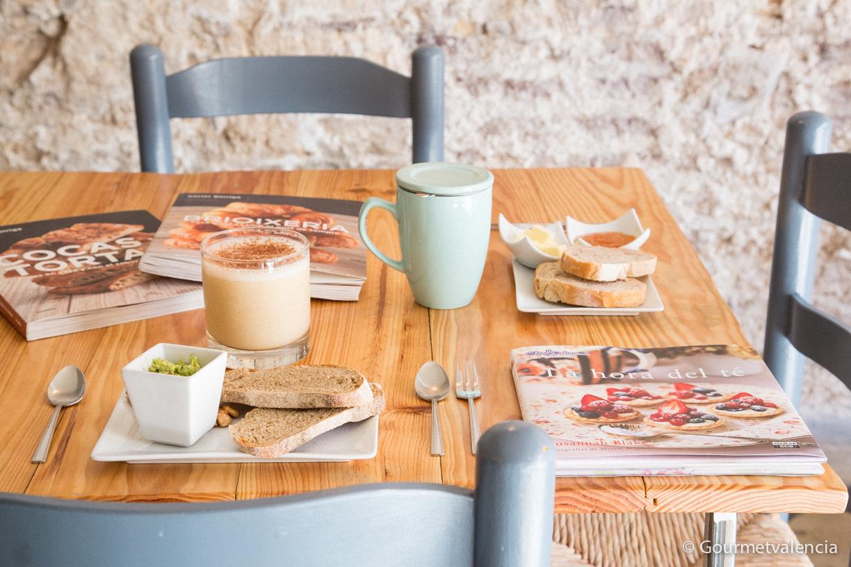 Desayuno en Muez