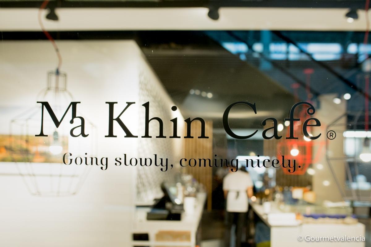 Vuelo directo a Asia con Ma Khin Café